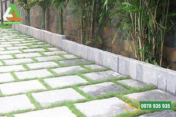 Đá lát sân vườn là vật liệu không dễ gì thay thế được