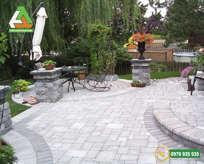 Đá lát sân vườn có độ bền và độ cứng cao