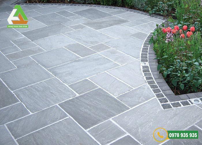 Đá sa thạch là loại đá lát sân vườn phổ biến trong những năm trở lại đây