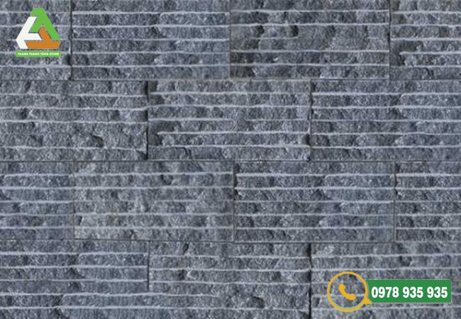 Mẫu đá chẻ ốp tường màu đen tự nhiên