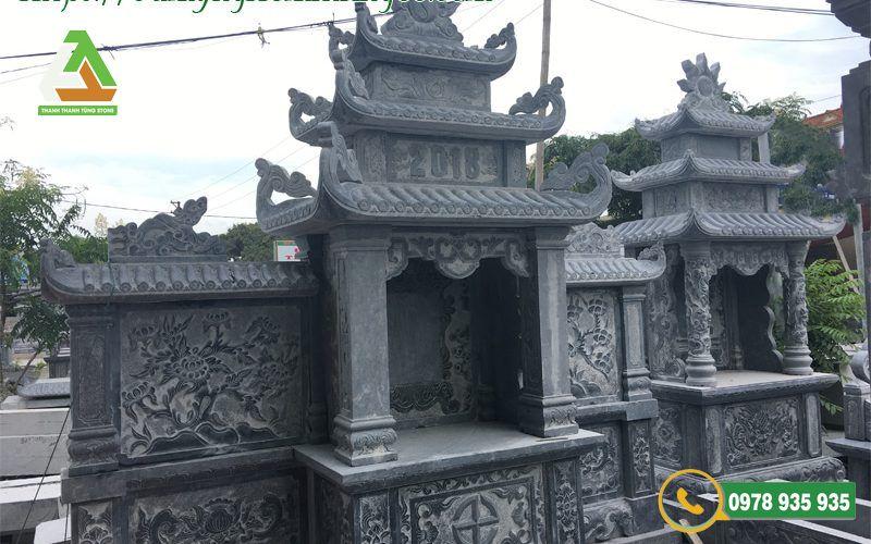 Mẫu lăng mộ đá làm từ đá xanh tự nhiên Thanh Hóa nguyên khối